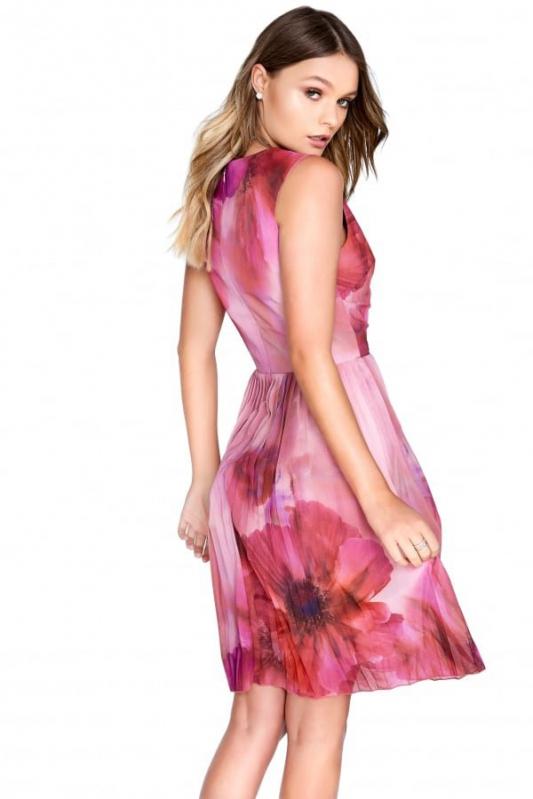 c52dedf3366 Little Mistress růžové letní šaty - Livien.cz