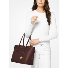 Michael Kors Voyager medium multifunction top zip barolo