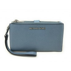Michael Kors peněženka wristlet saffiano leather double zip powder blue modrá