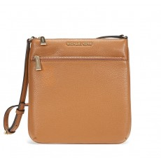 Michael Kors kabelka Riley small flat crossbody acorn