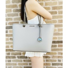 Michael Kors kabelka Shania large chain saffiano leather pearl gray šedá